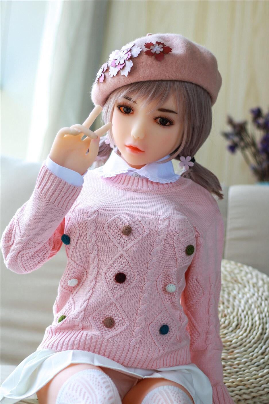 Cute-sex-doll-thinking