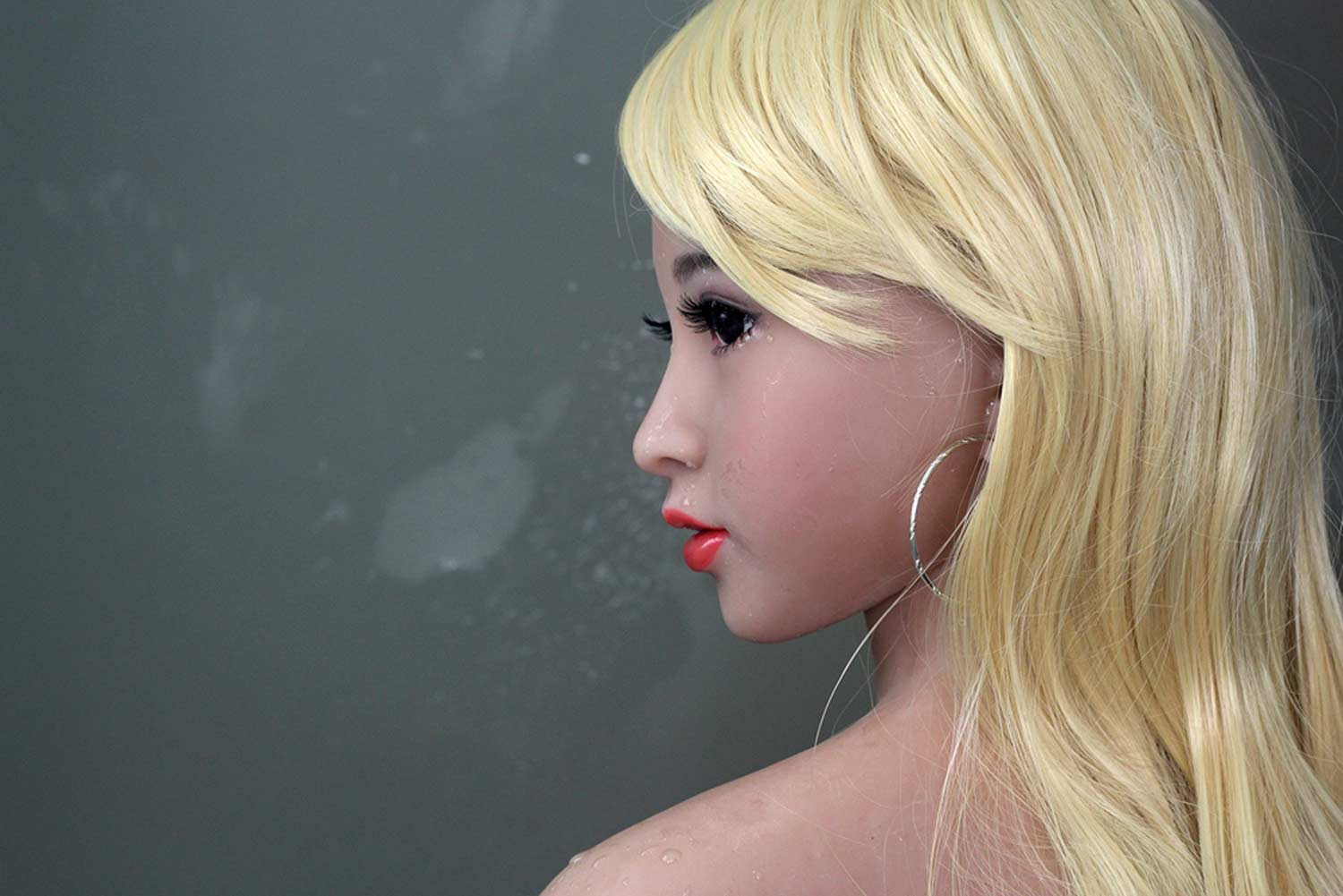 Sex doll with long blonde hair