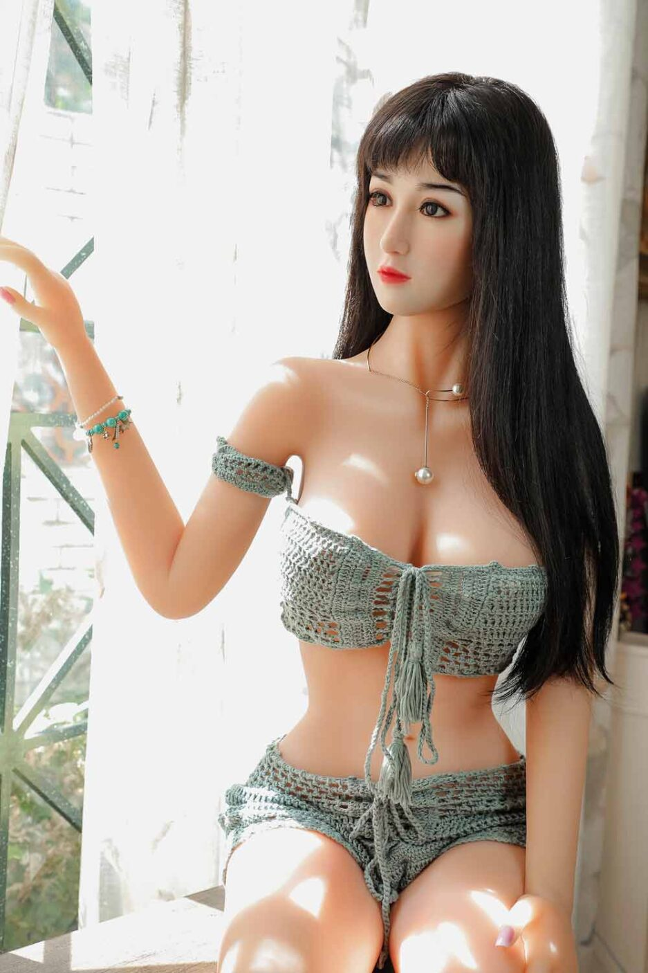 Silicone sex doll with curtains