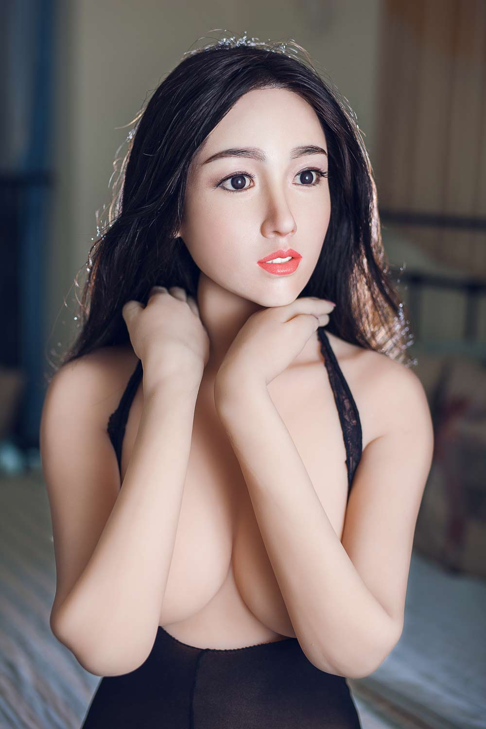 Silicone sex doll with hands on shoulders