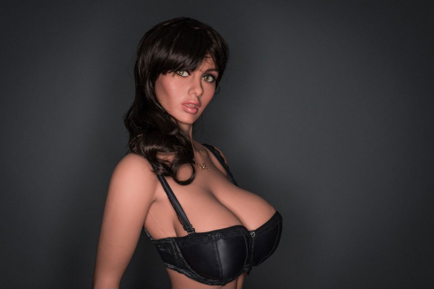 Big breasted sex doll with big brown eyes