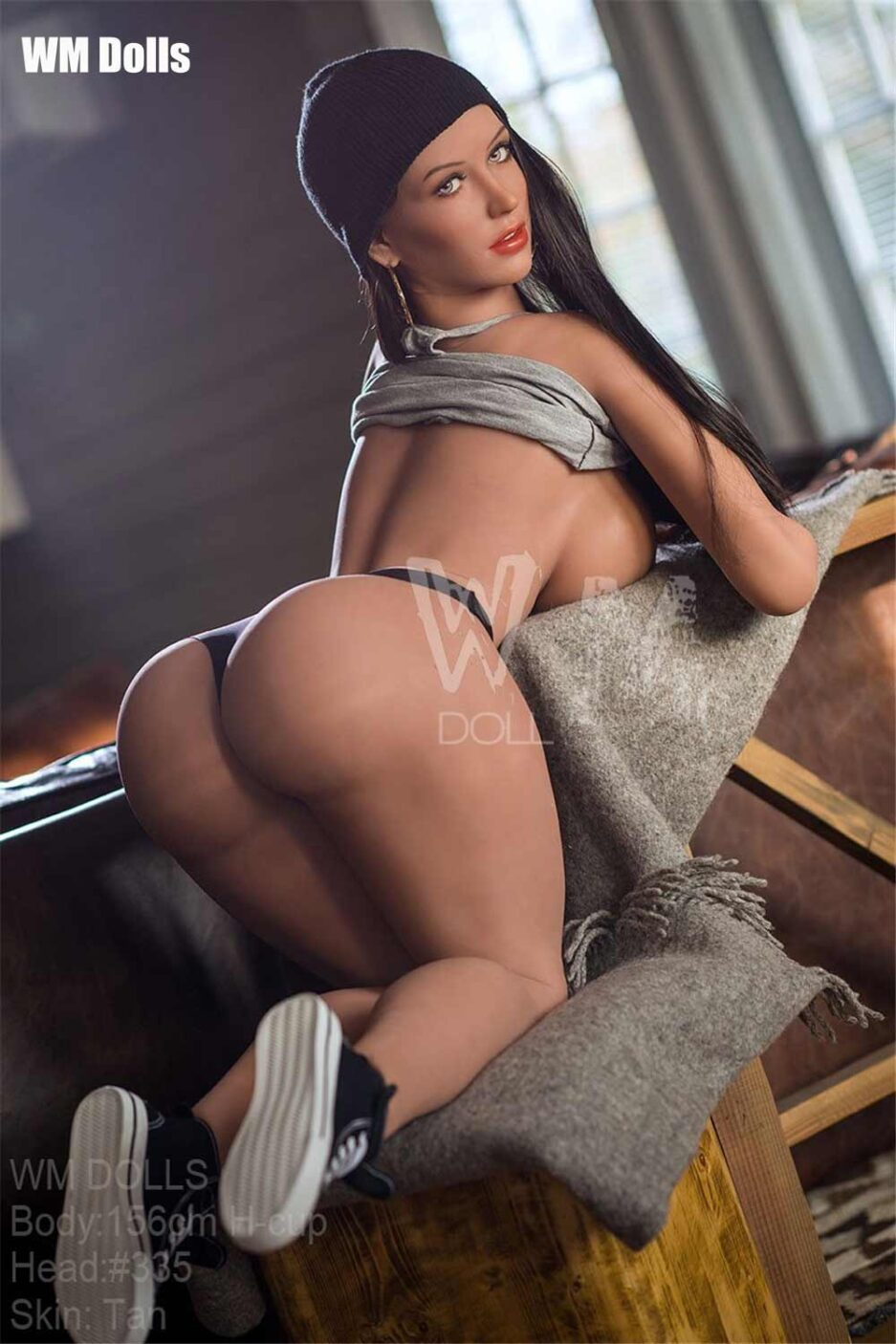 Big breasted sex doll with cocked ass