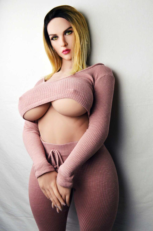 American milf Blonde big boobs sex doll