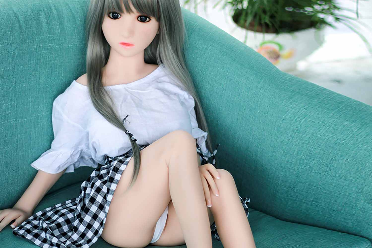 Mini sex doll with legs and hands