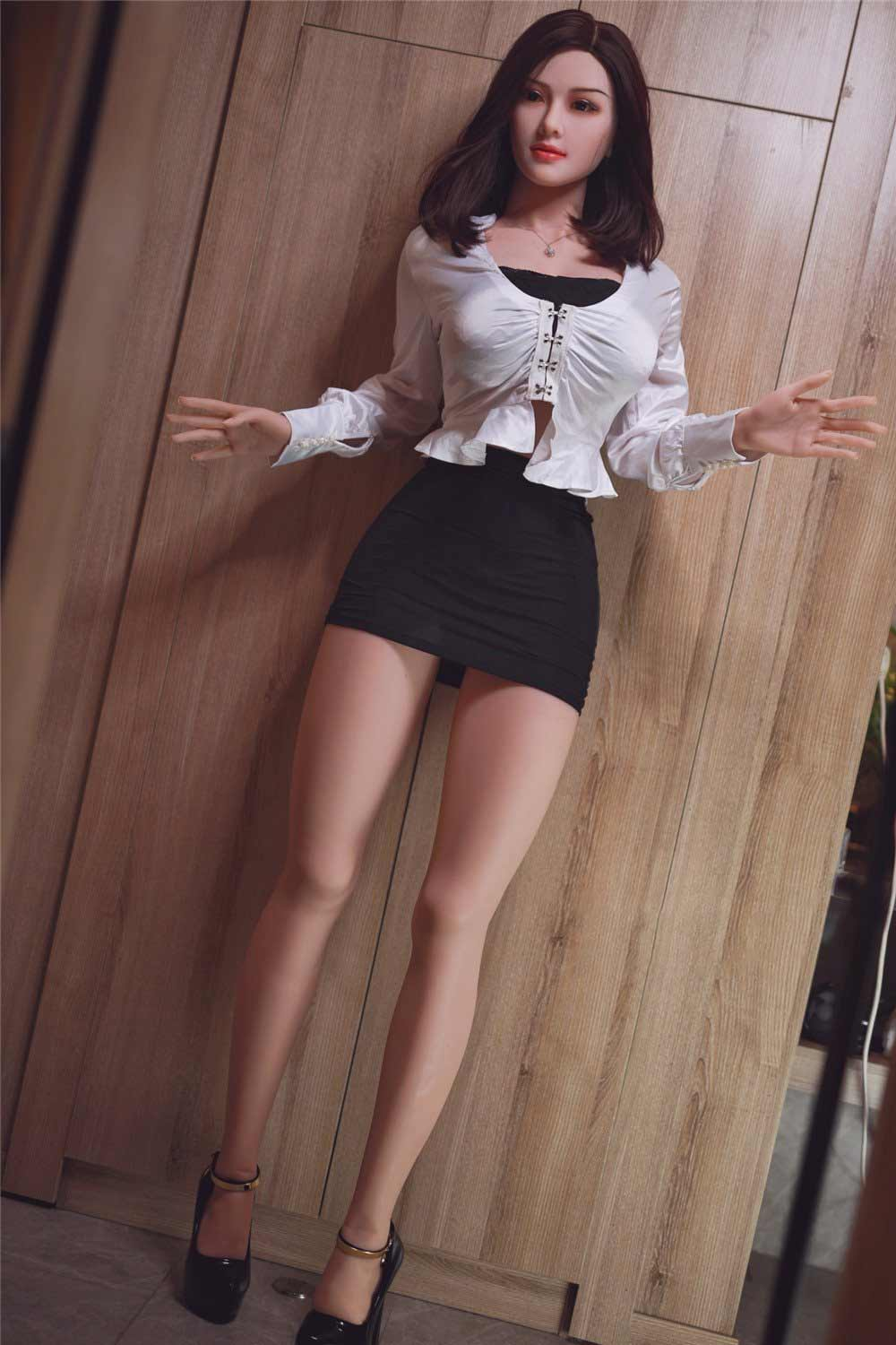 Sex doll with open hands
