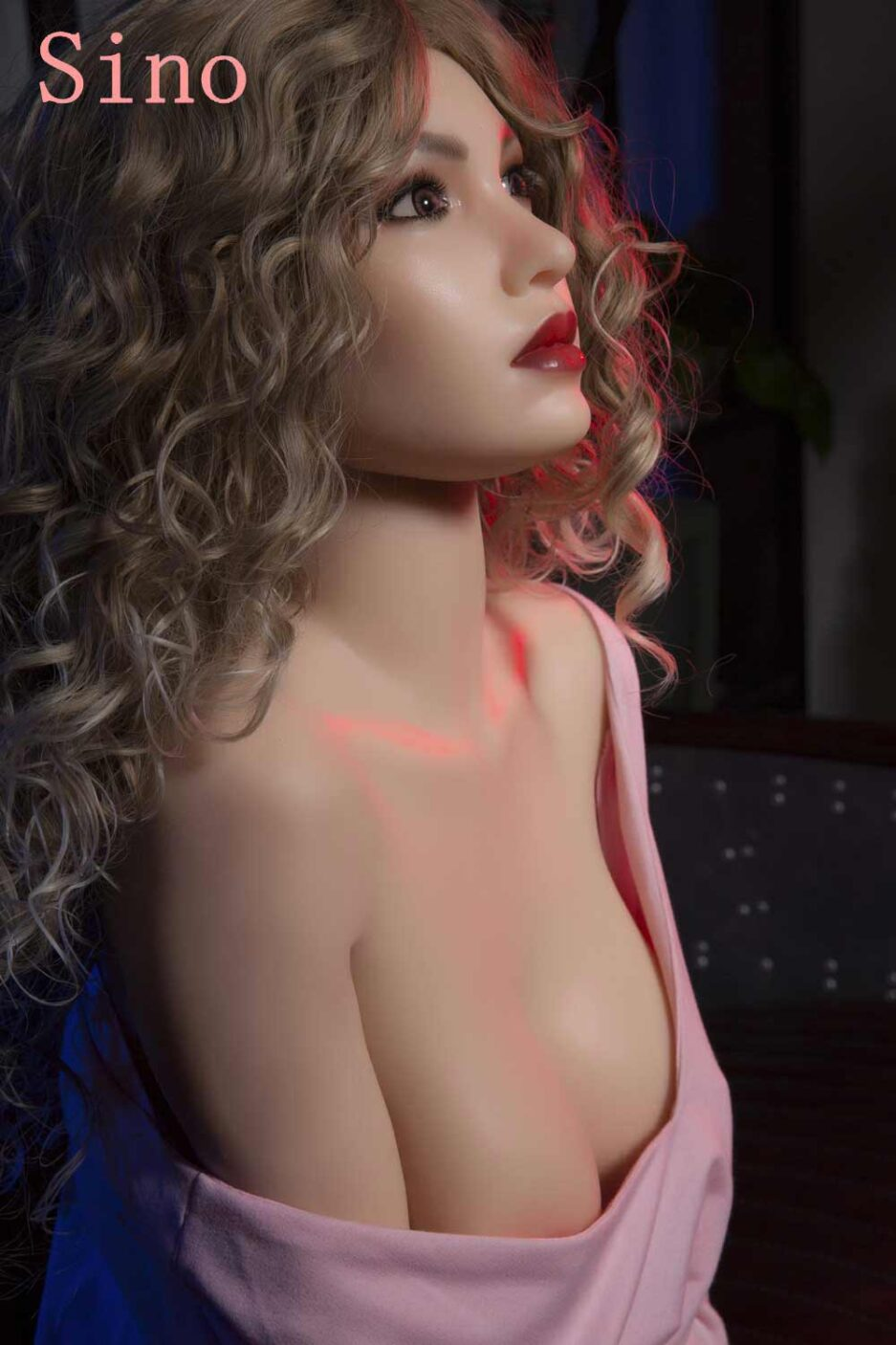 Silicone sex doll with big brown eyes