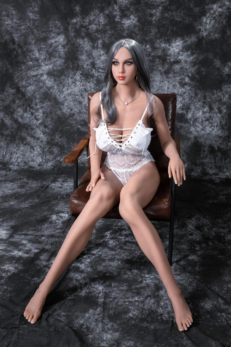 super curvy amercian sex doll